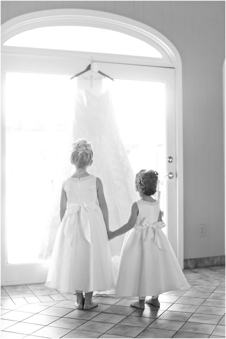 Megan + Joe | Dallas wedding photographers, Photography flowers and ...