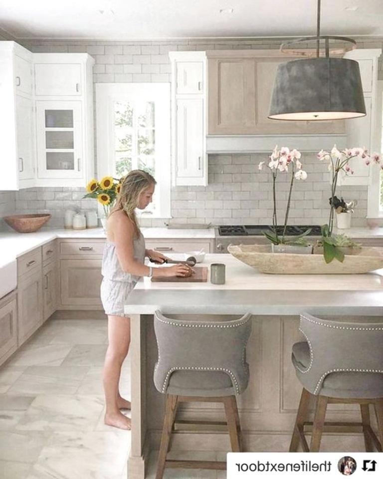 40 Farmhouse Kitchen Backsplash Ideas Farmhouse Kitchen Backsplash Kitchen Design Trendy Kitchen Backsplash