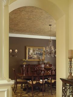 Dramatic Dining Room Ceiling