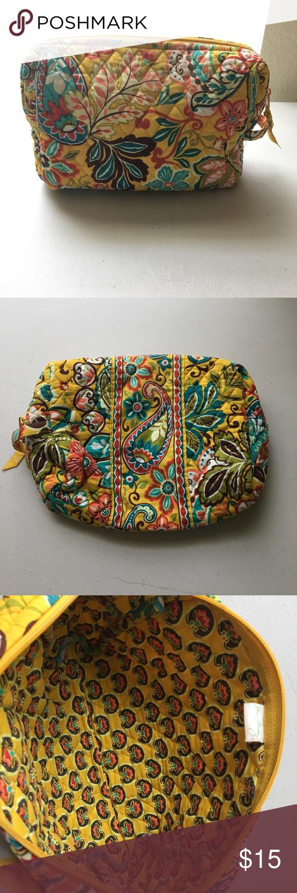 Vera Bradley Makeup Bag Super cute Bag for cosmetics color