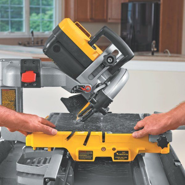Dewalt D24000 1 5 Horsepower 10 Inch Wet Tile Saw Amazon Home
