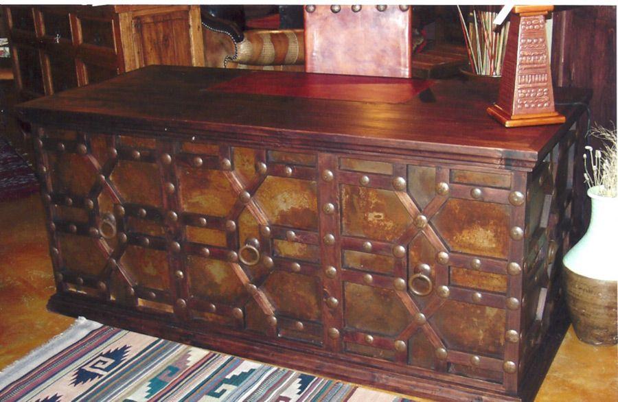 Libanes Desk