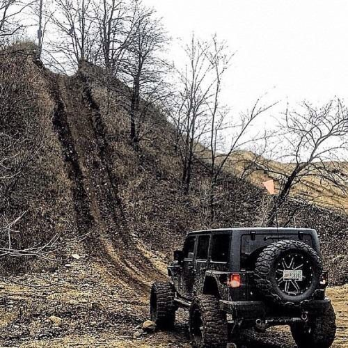 No mountain to big.. Jeep