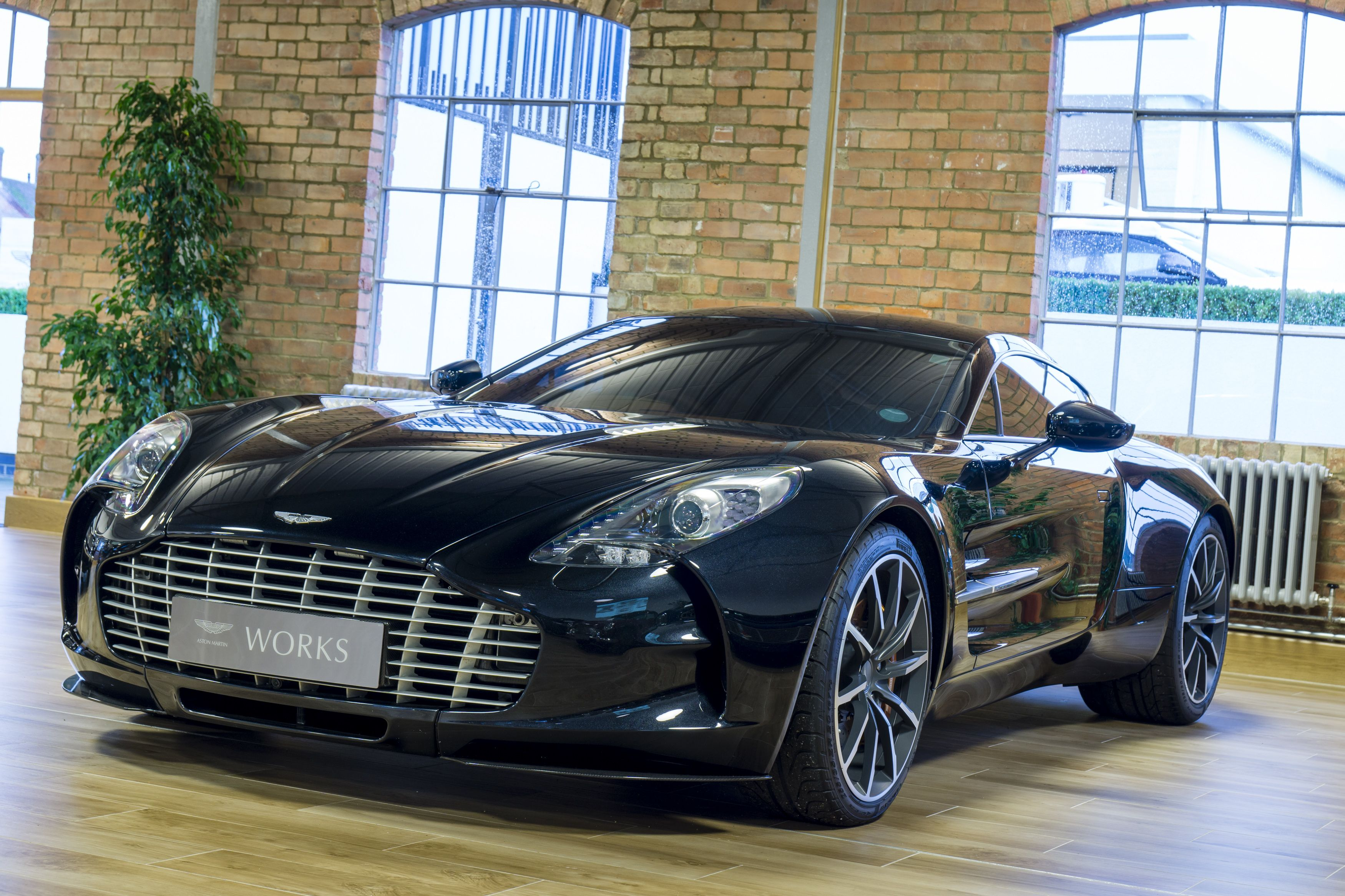 Aston Martin One-77 For Sale >> Aston Martin One 77 Stuff To Buy Gt Cars Aston Martin