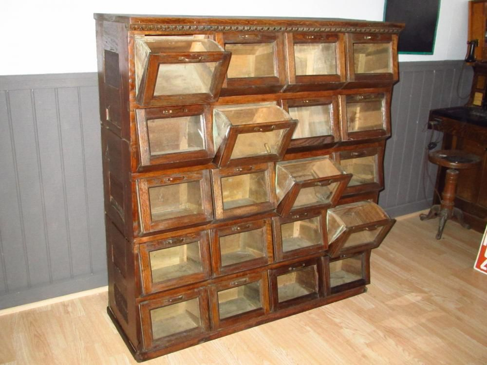 Early Oak Walker Bin Seed Cabinet With 20 Pivoted Drawers