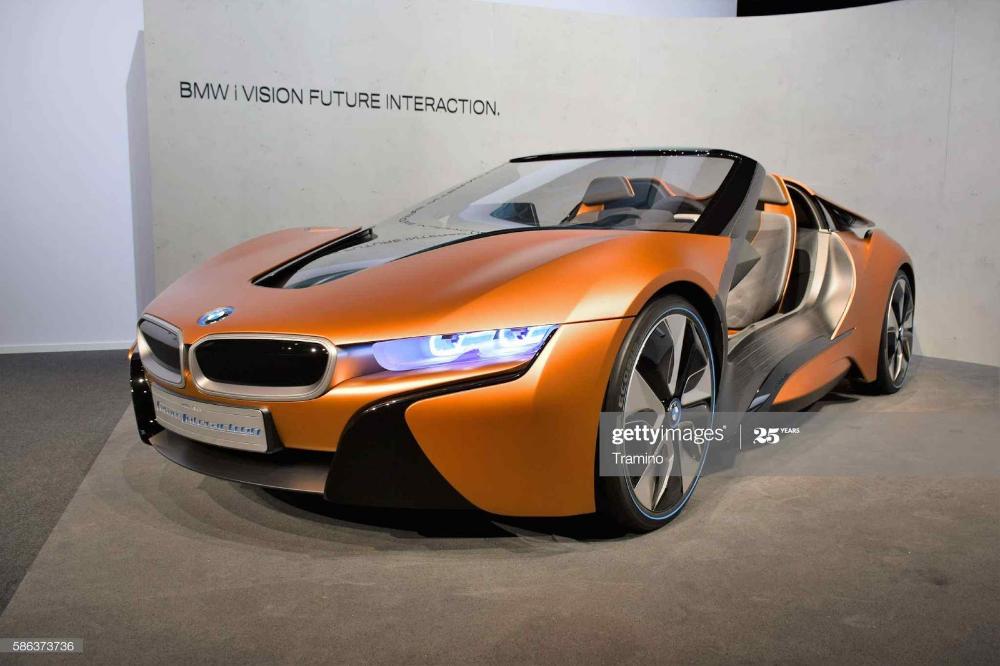 Bmw I8 Price In Pakistan Overview Of Bmw I8 In Pakistan In 2020 Bmw I8 Bmw Hybrid Sports Car