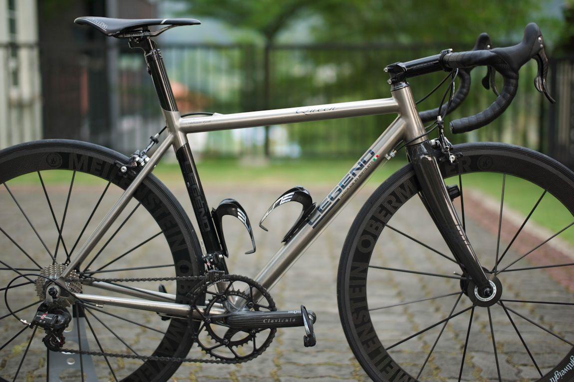 Bikes Of The Bunch Legend Queen Cyclingtips Titanium Bike Road Bike Cycling Bicycle