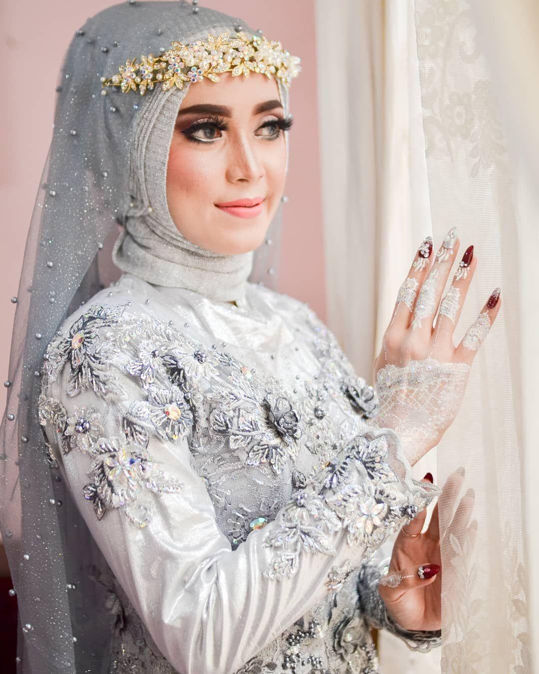 Anindya wedding makeup . . Wa. 08562545408 📱08562545408