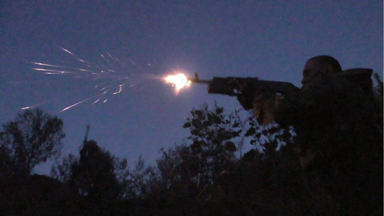 Guerra na Ucrânia - Milícia de Donetsk ataca Exército Ucraniano - 17.08....