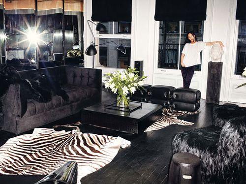 Schwarzer, Alexander Wang, Wohnräume, Moderne Wohnzimmer, Eigentumswohnung,  Modedesigner, Dunkle Innenräume, Modern, Innenräume