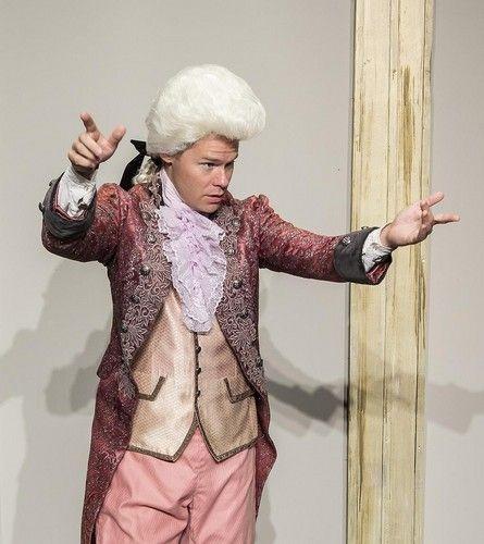 Randy Harrison as Mozart - randy-harrison foto