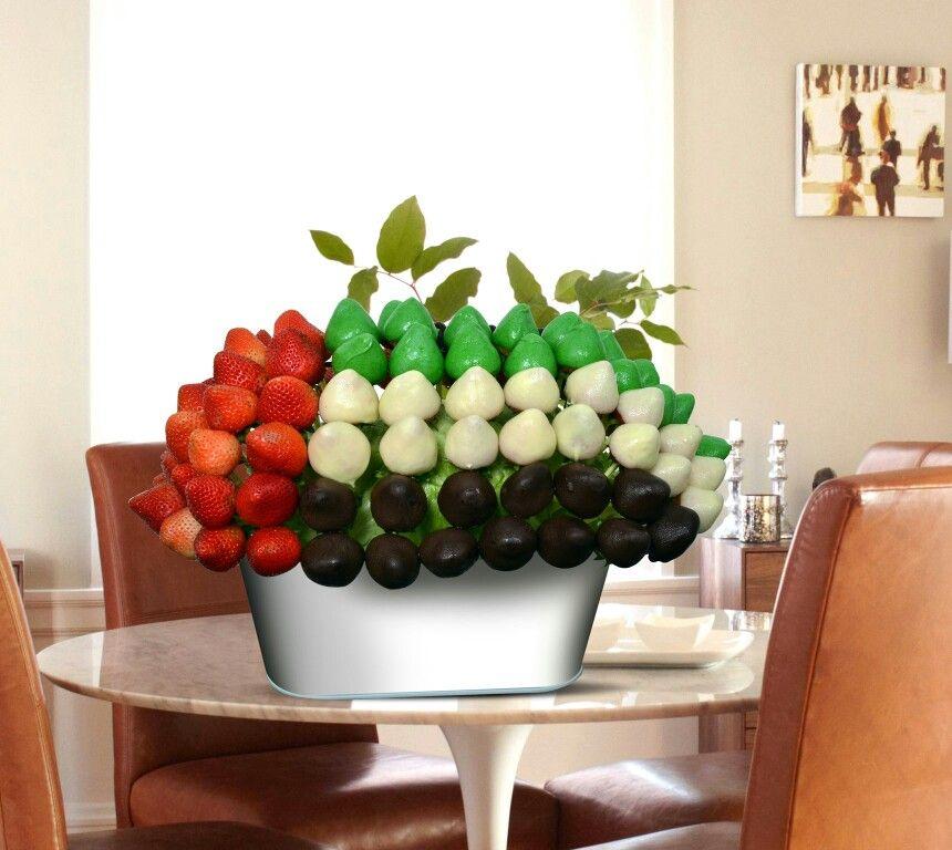 Uae National Day Gifts Burj Khalifa: UAE National Day Special Fruit Bouquet