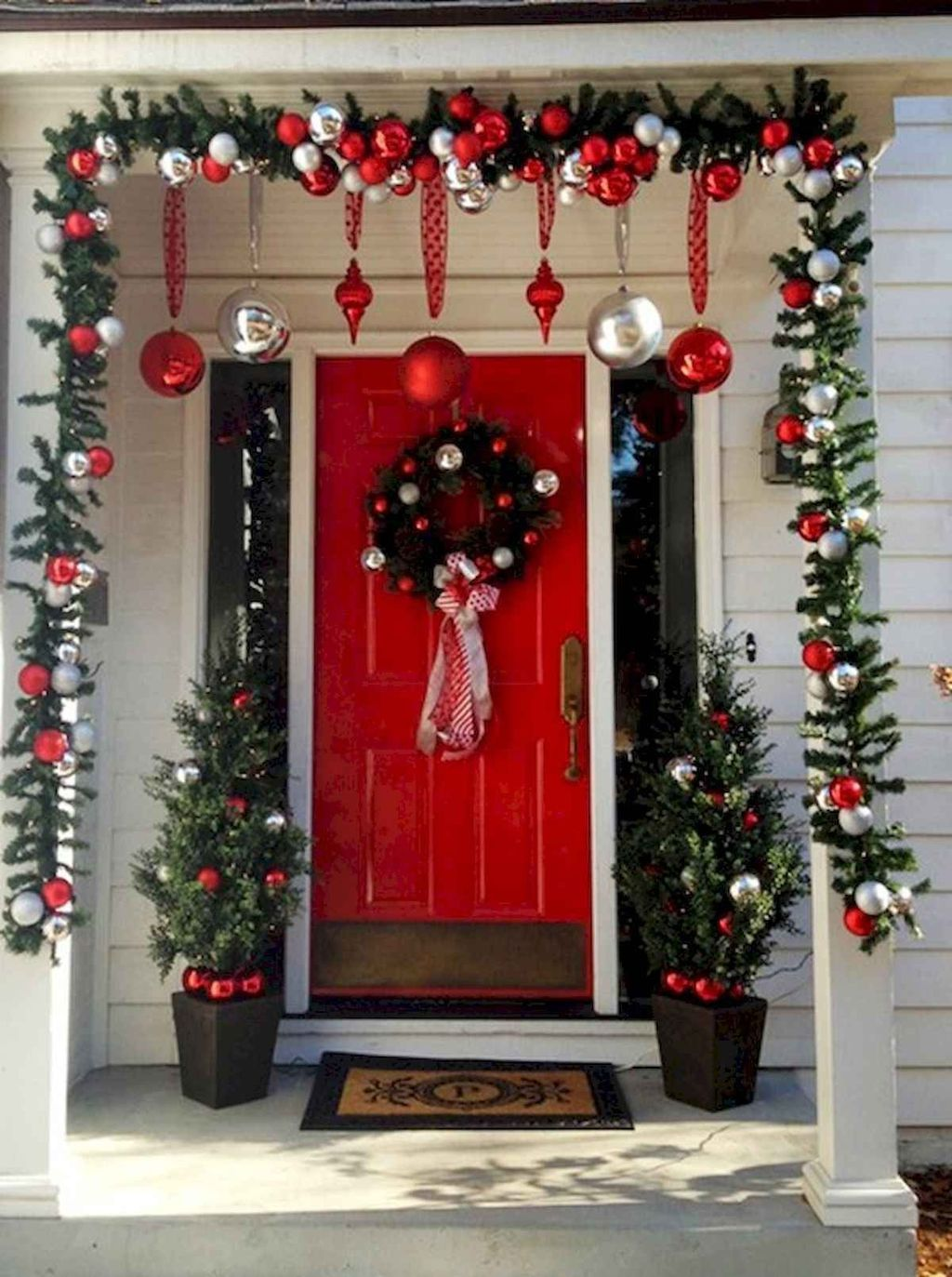 35 Gorgeous Front Porch Decor With Christmas Tree Christmas Porch Decor Christmas Cubicle Decorations Front Porch Christmas Decor