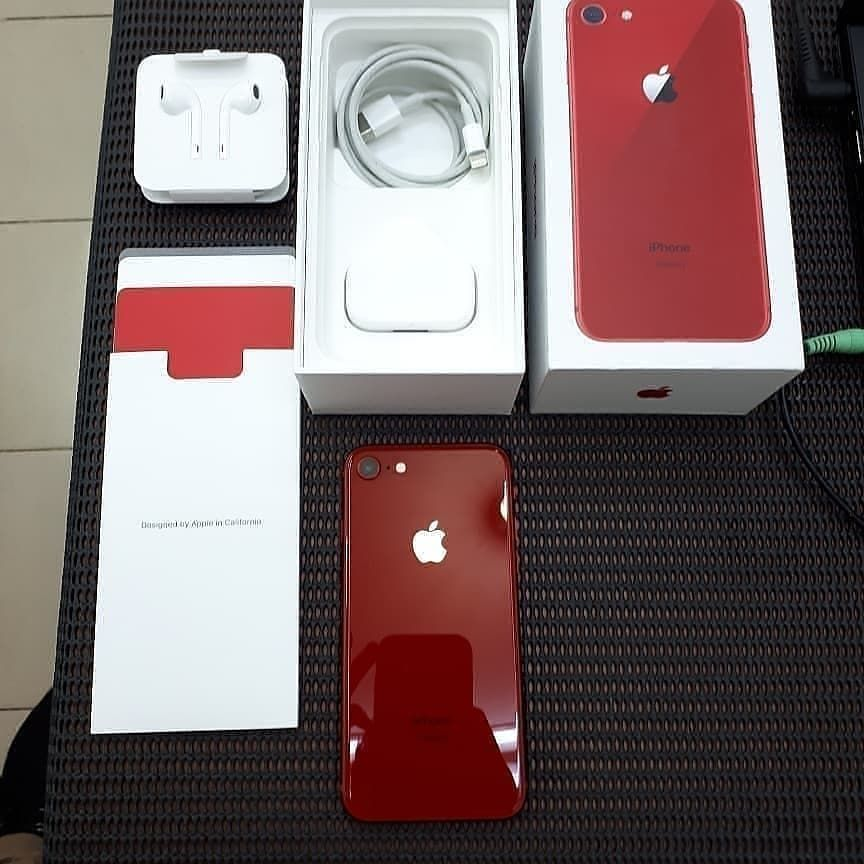 Iphone 8 Red Product 256gb Harga Rp 5 800 000 Garansi International Region Zp A Silent Camera Kondisi Fisik Perfect Seper Apple Products Iphone Tech Gadgets