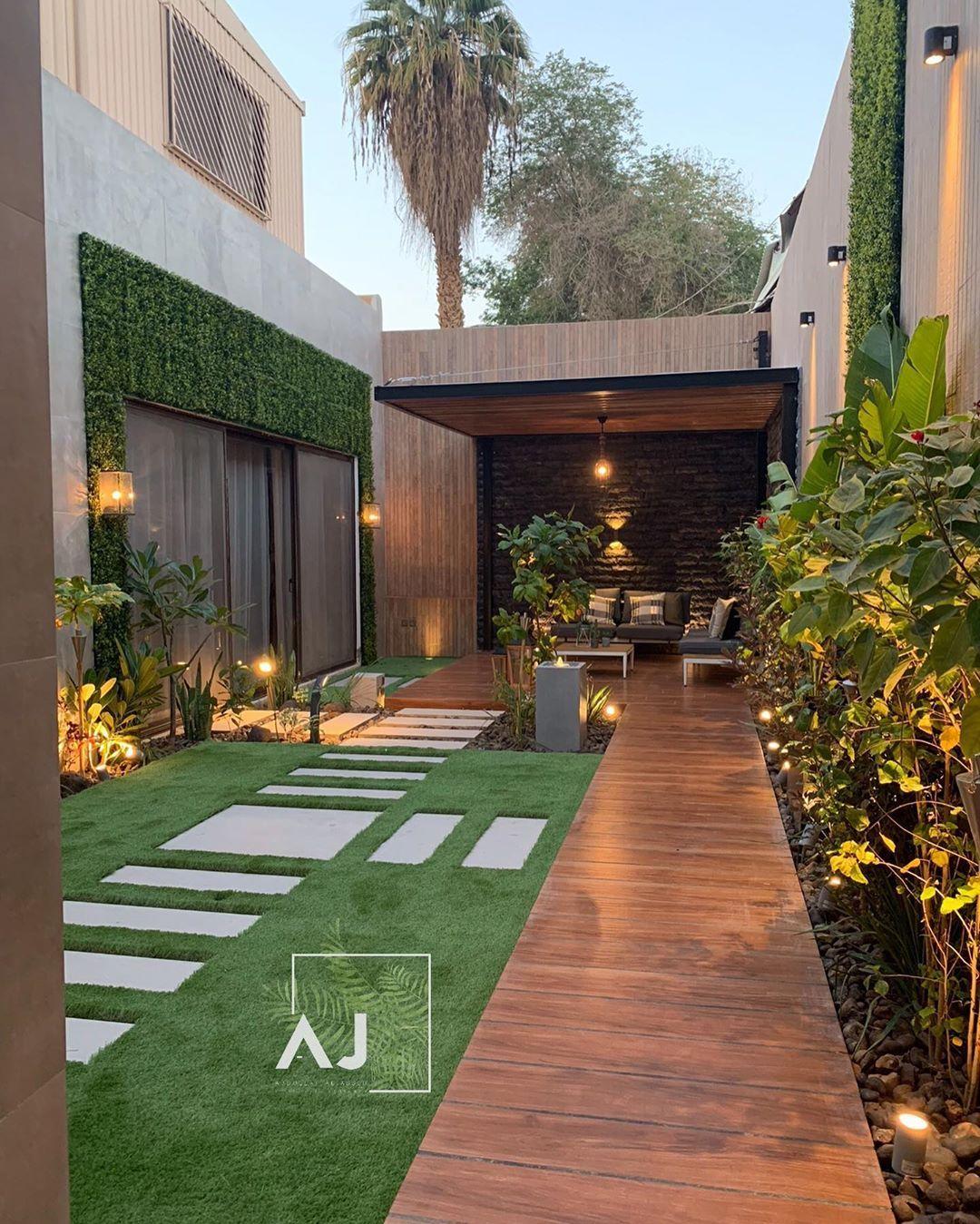 حديقة خلفية لمنزل قبل وبعد تصميم وتنفيذ عبدالله الجاسر Small Backyard Landscaping Outdoor Gardens Design Backyard Design