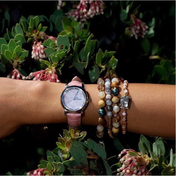 Candy arm from the beautiful @stylelullaby • • • • • #alexbenlo #watch #watchaddict #watchoftheday #pink #pinkquartz #stone #stonelover #fashion #outfit #candy #lifestyle #fit #healthy #healthylife #yoga #nature #naturelovers #details #summer #summervibes #friday #loveourplanet #mothernature #positivemind #positivevibes
