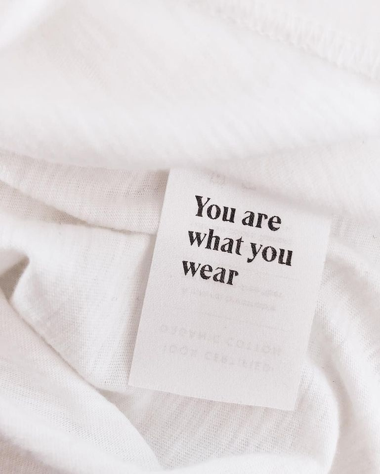 A NOTE ON SUSTAINABLE FASHION, CONSUMPTION & MATERIALS