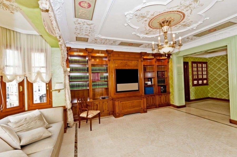 Monte Carlo, Monaco, Monaco Apartment For Sale - Nice apartment  in Monaco - IREL is the World Wide Leader in Monaco Real Estate
