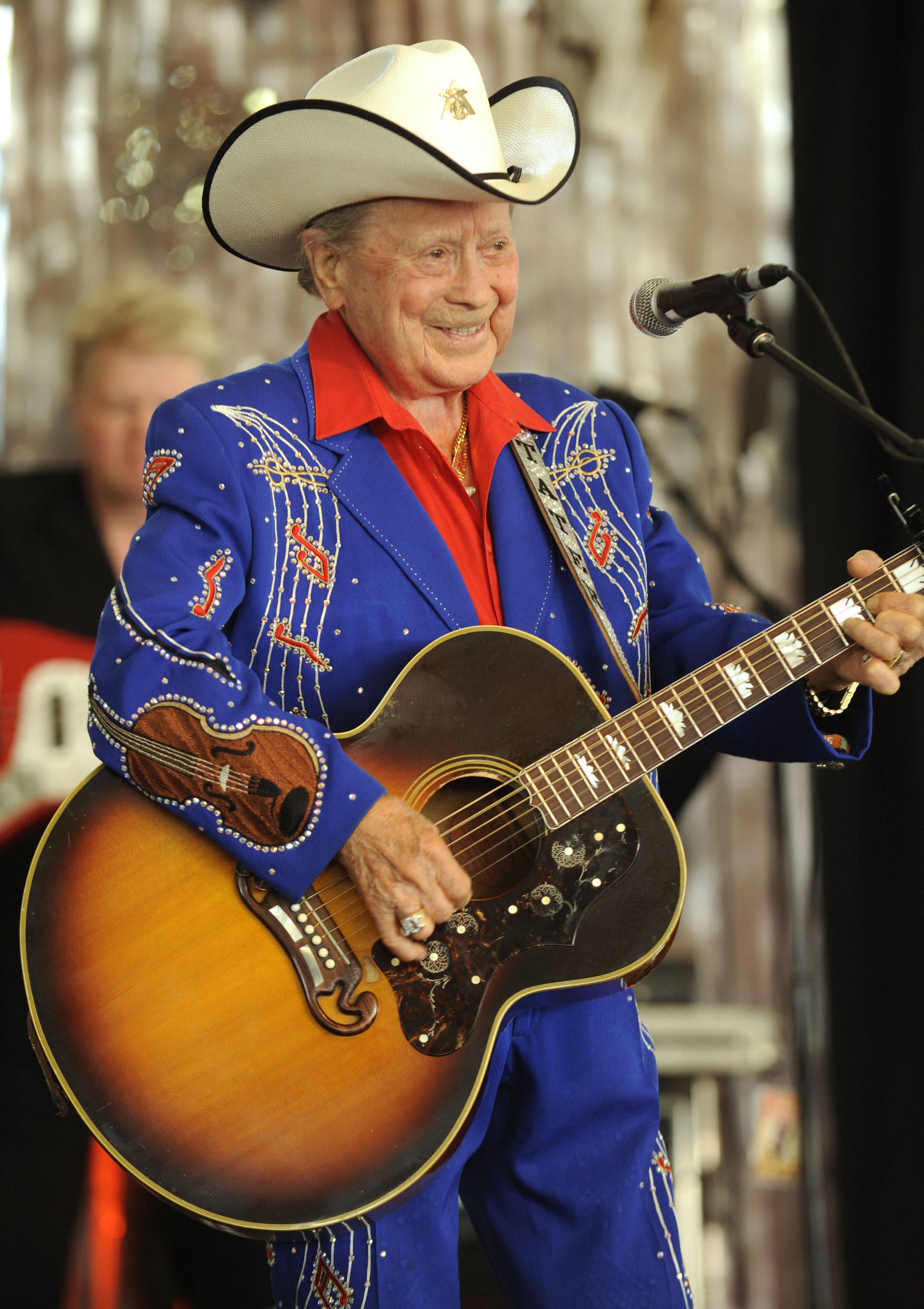 Little Jimmy Dickens Dies at Age 94 in 2020 Jimmy
