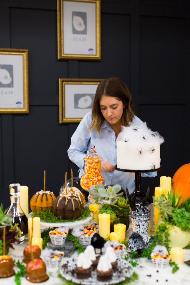 Do You Decorate for Halloween? + The Weekly Edit (Sugar  Cloth - when should you decorate for halloween