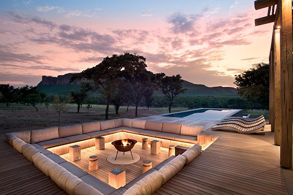 Win The Andrew Martin Interior Design Review With Halogen Foyer Jardin Amenagement De Jardin Terrasses Foyer Exterieur