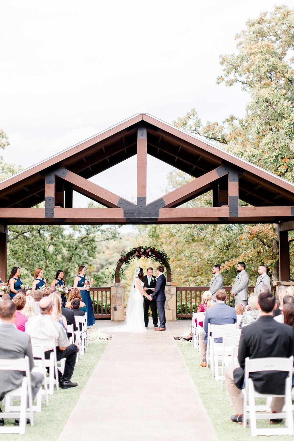 Outdoor Tulsa Wedding Venue Places To Get Married In Oklahoma Lakefront