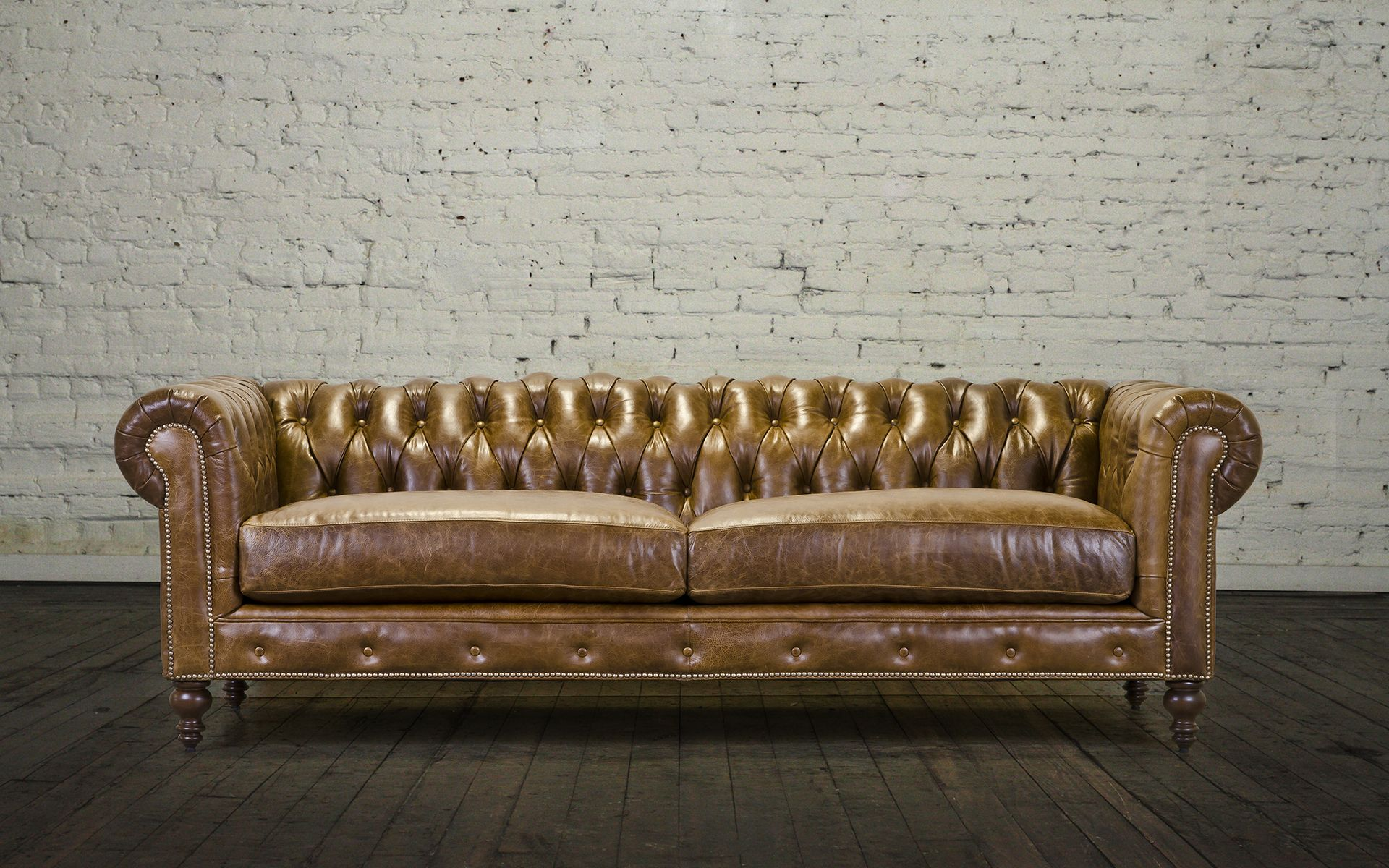 Classic Chesterfield Leather Sofa - Made in USA (With ...