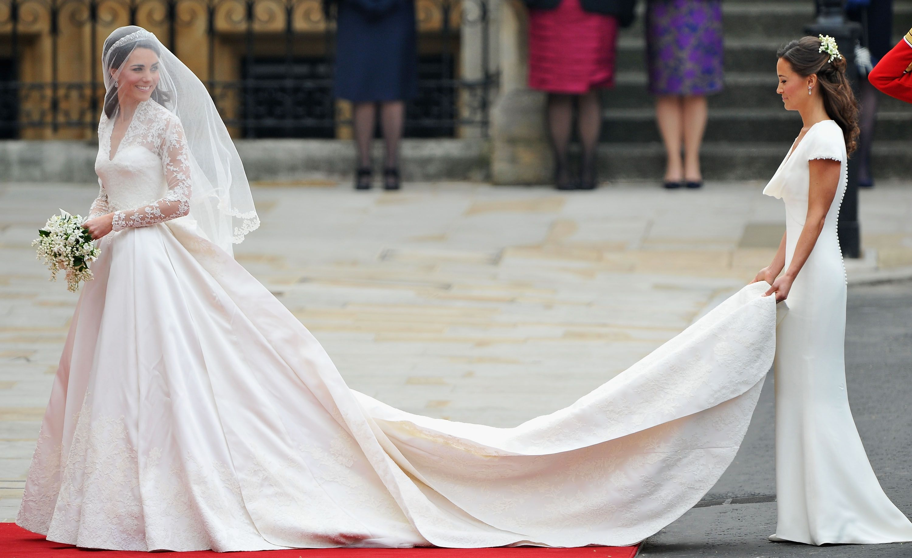Celebrity Entertainment Pippa Middleton Wears Ivory Alexander Mcqueen To The Royal Wedding Expensive Wedding Dress Kate Middleton Wedding Dress Royal Wedding Dress