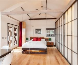 mad men star sells his 600 sq ft tiny home - Tiny House 600 Sq Ft