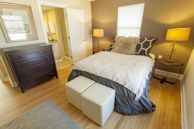 Photos And Video Of Rodgers Forge In Baltimore Md Home Decor Home Apartments For Rent