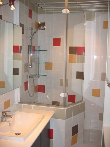 tad salle de douche avec douche l 39 italienne semi ouverte avec muret bricolage pinterest. Black Bedroom Furniture Sets. Home Design Ideas