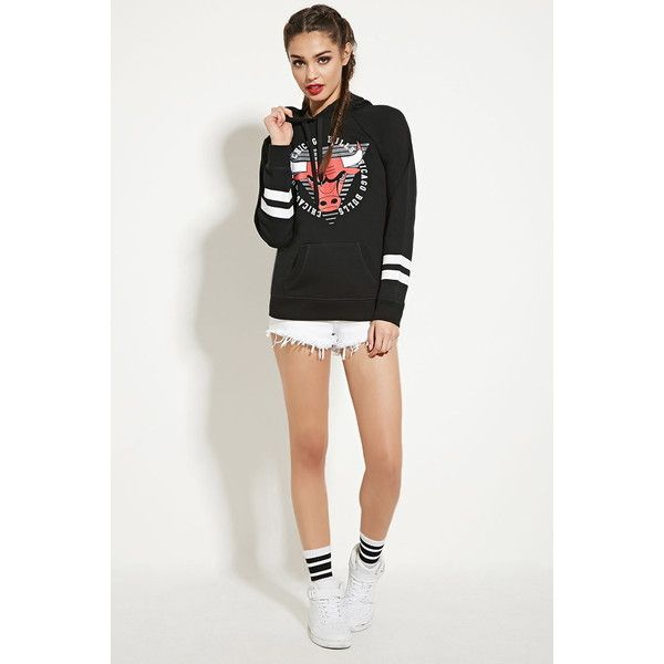 4de5efbc514523 Forever 21 Women s Chicago Bulls Hoodie ( 25) ❤ liked on Polyvore featuring  tops