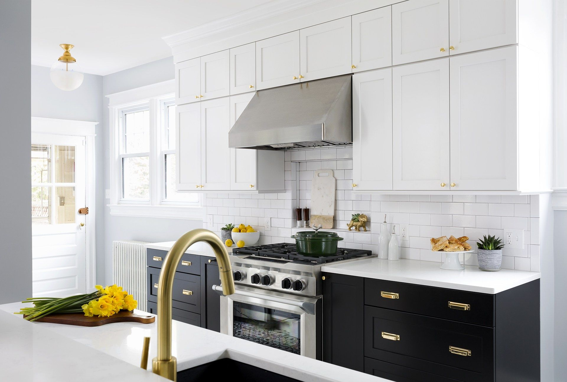 bronze and stainless in 2020 | Kitchen cabinets black ...