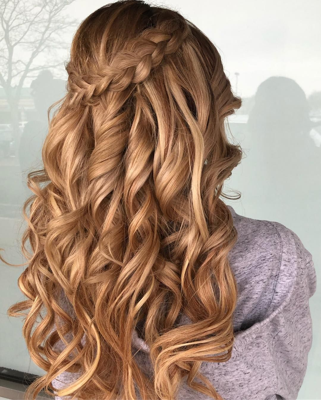 Prom Season Is Near We Know You Want A Fabulous Hairstyle To Complement Your Beautiful Dress Take A Peek At Our Lookbook For Hairstyle Hair Long Hair Styles