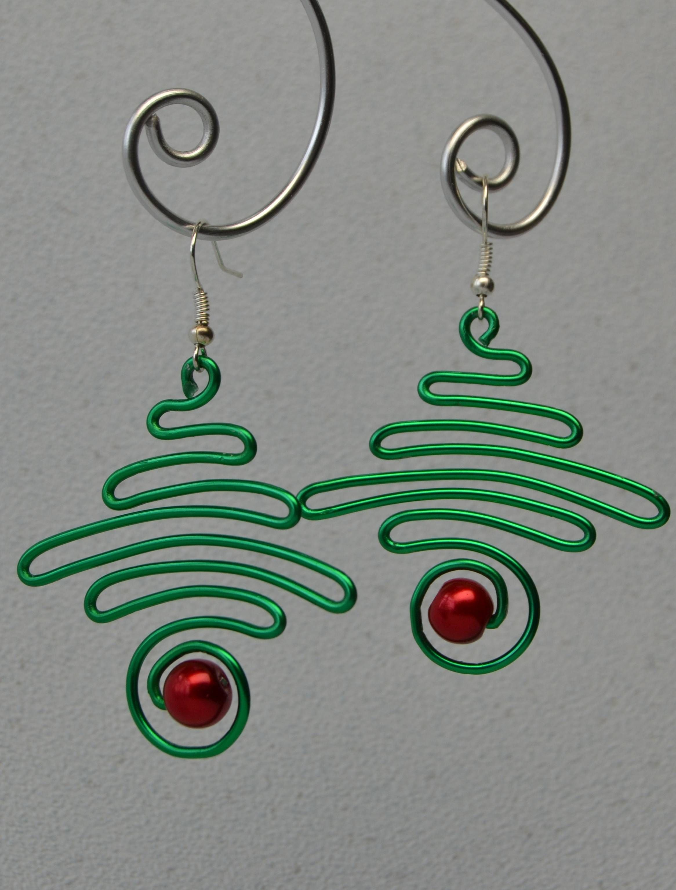 Diy Earrings With Beebeecraft Wire Jewelry Making Holiday