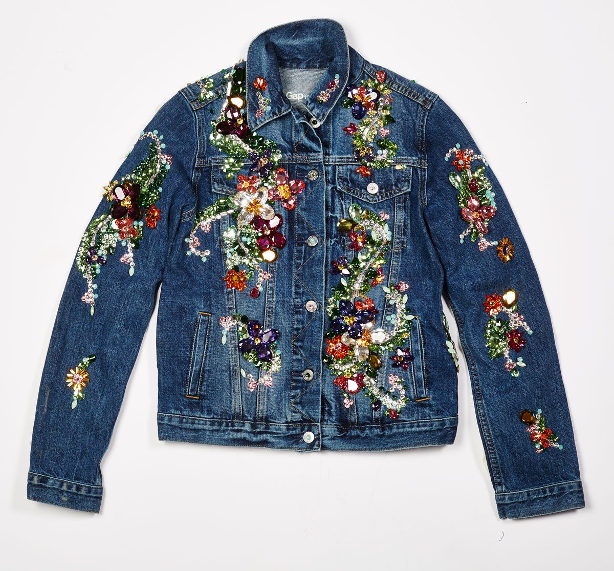 What Happens When You Give 6 Designers A Jean Jacket And Thousands Of Crystals Jean Jacket Diy Applique Jeans Jackets [ 1115 x 1200 Pixel ]