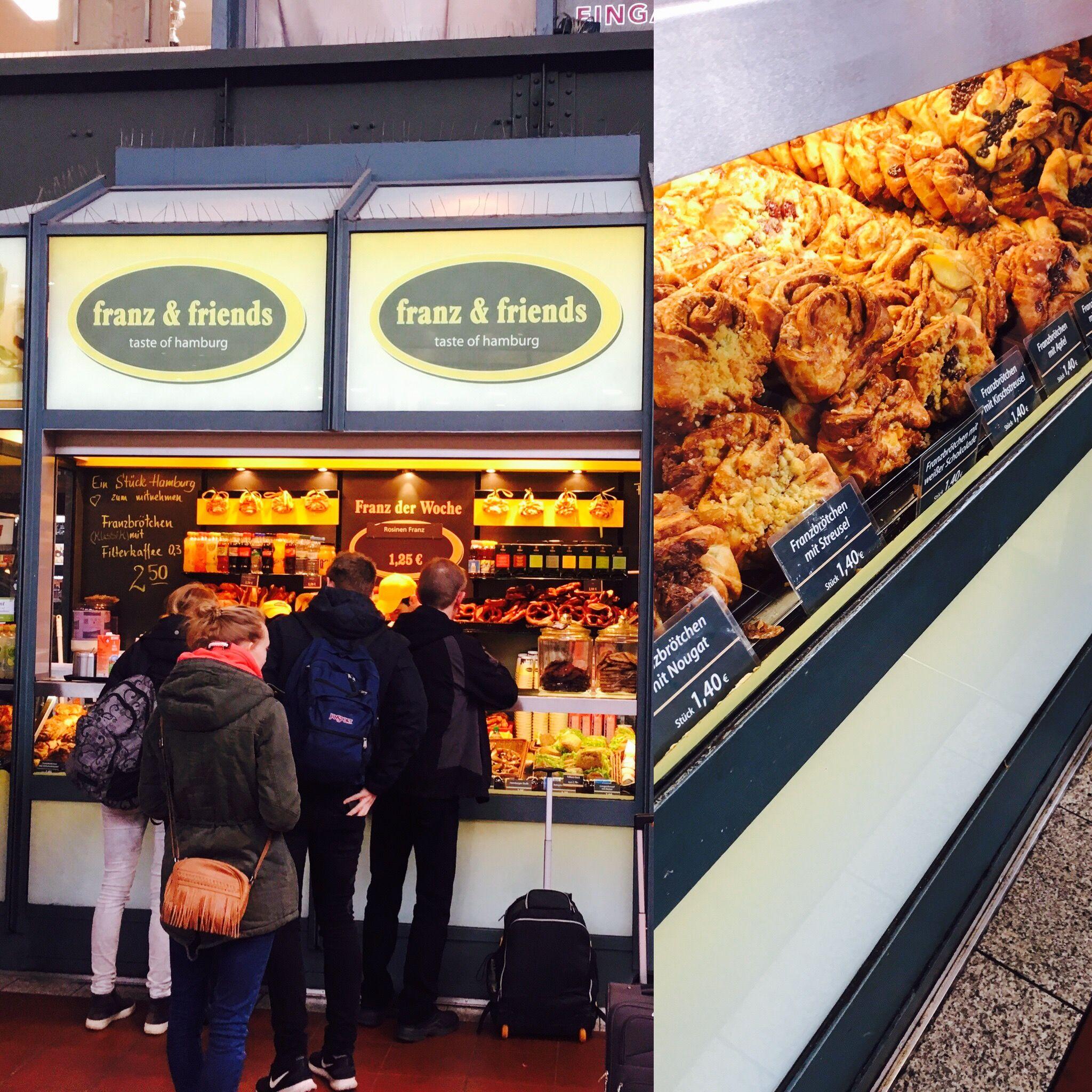 Franz Friends In Der Hamburger Wandelhalle Am Hauptbahnhof Hat Ein Vielfalt An Franzbrotchen Hamburg Places To Visit Tasting