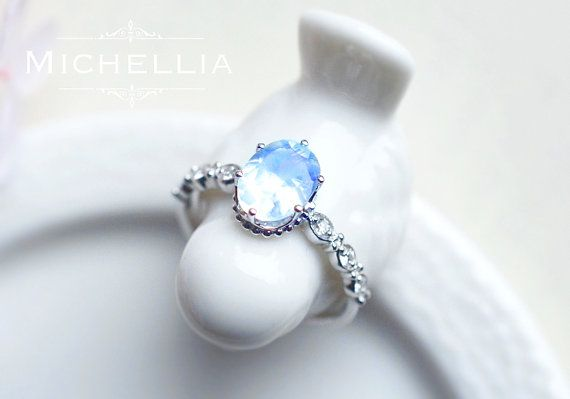 White Gold Moonstone Wedding Ring Set Vintage Moonstone Ring Pear Moonstone Engagement Ring Crown Wedding Band Sterling Silver Ring