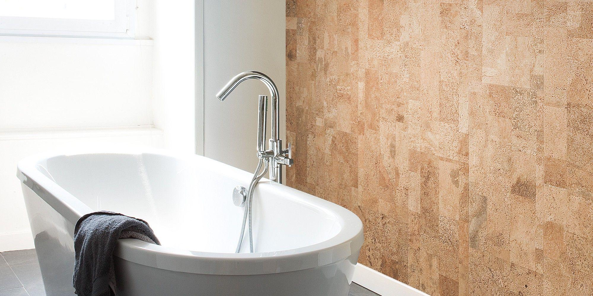 Kurk tegen de muur kan perfect in de badkamer. Super eenvoudig in ...