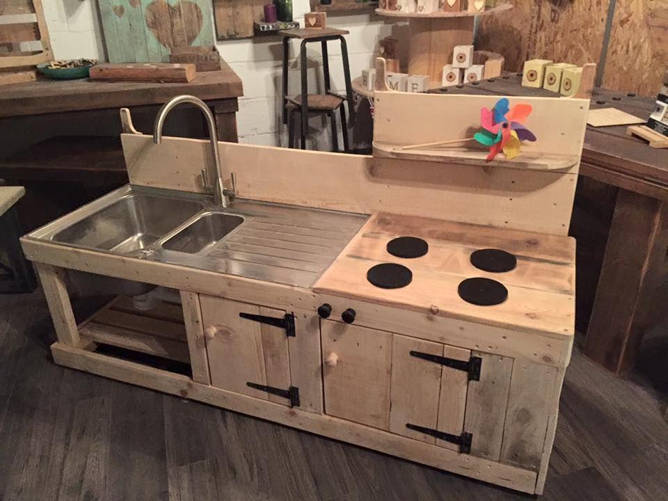 Pallets wood mud kitchen madera de pal b squeda y for Muebles gitanos