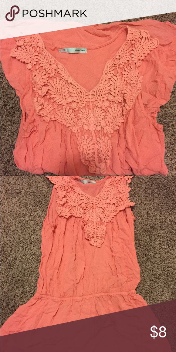 Cute summer top☀️T.G.I.F summer sale☀️ Flattering top for summer. Tank top but modest. Coral color⭐️☀️T.G.I.F summer sale☀️ Maurices Tops Tank Tops