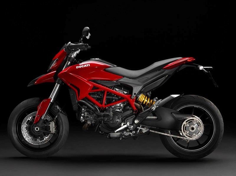 Ducati Hyperstrada 821 2013 On Review