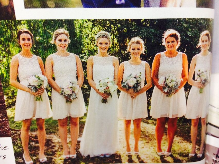 Gorgeous bouquets and bridesmaids look