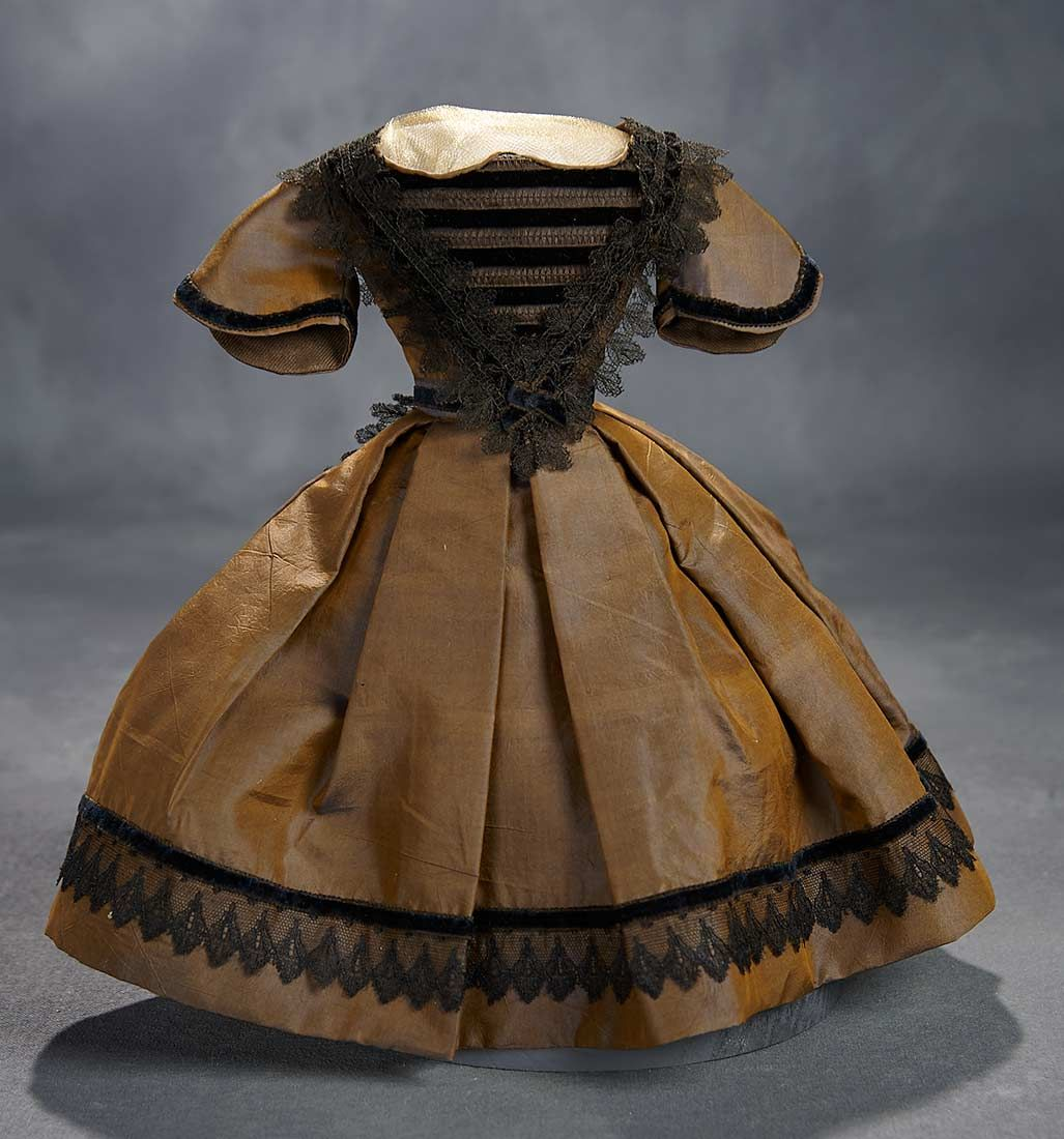 What Finespun Threads - Antique Doll Costumes, 1840-1925 - March 12, 2017: 28 Brown Silk Taffeta Gown with Black Alencon Lace in Mode Enfantine #dollcostume