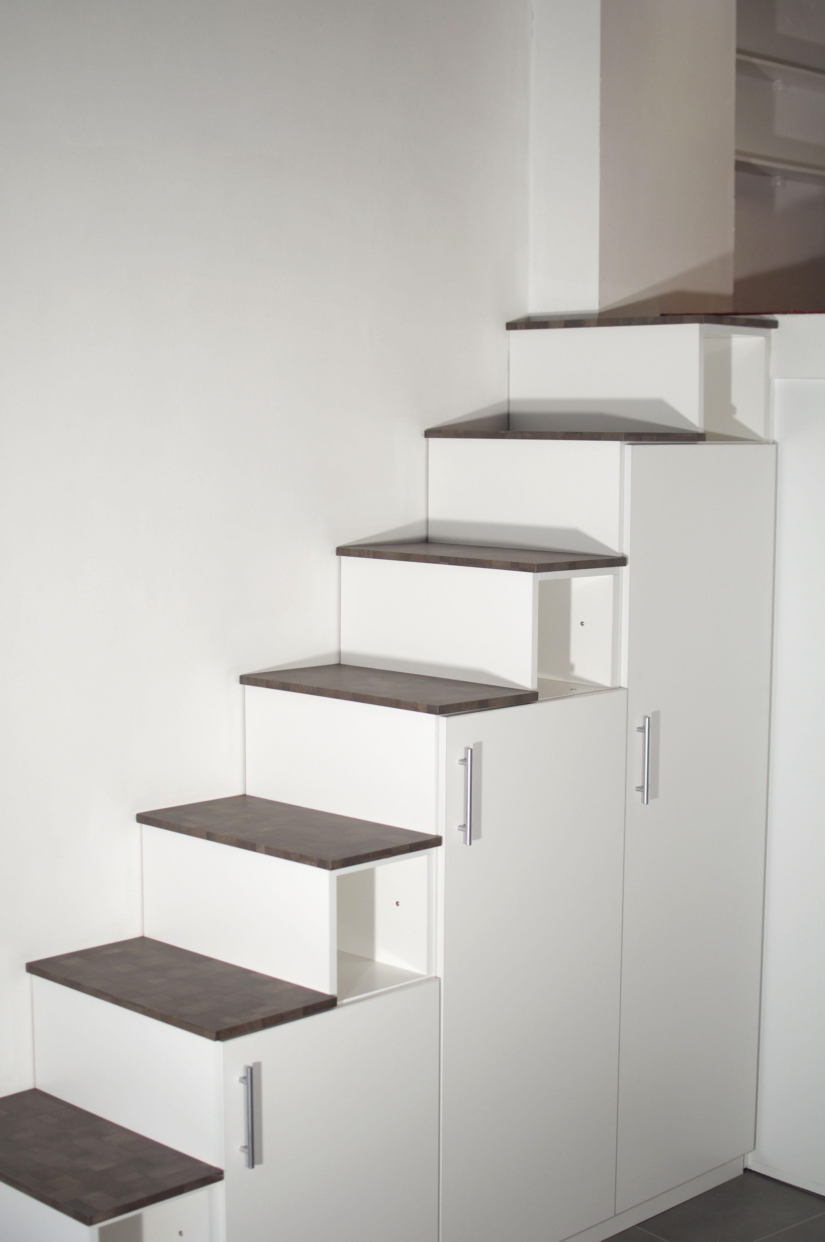 Meuble Escalier Sur Mesure Tout En Melamine Avec Des Marches En