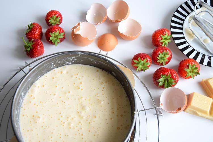 Erdbeer-Torte vor dem Backen