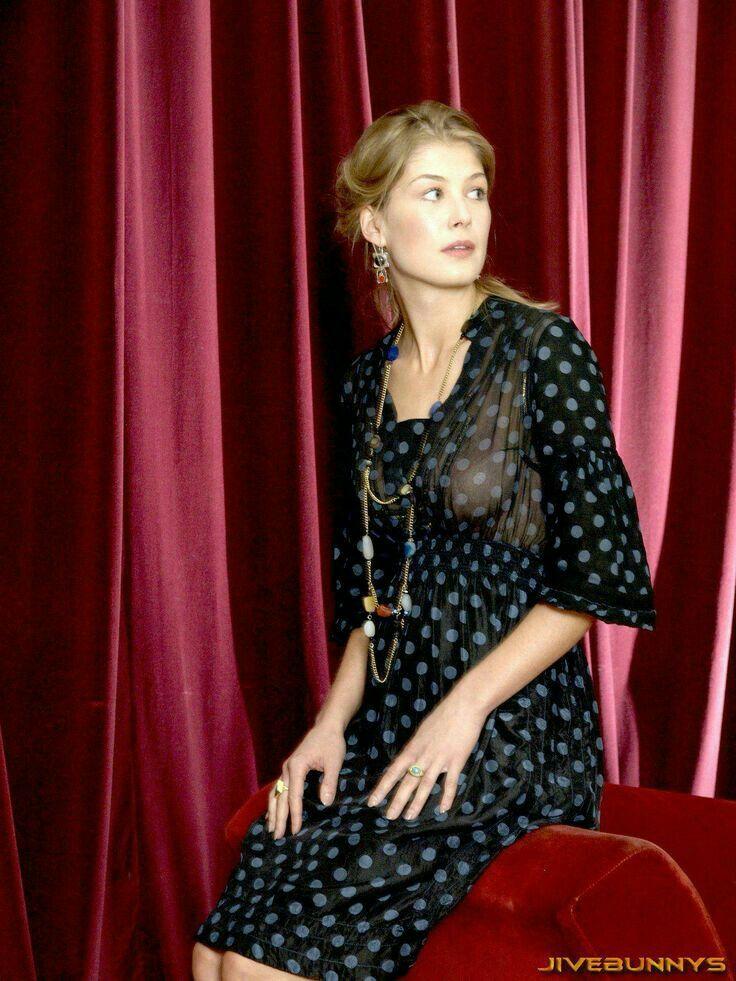 Rosamund pike imdb | Rosemund pike, Rosamund pike