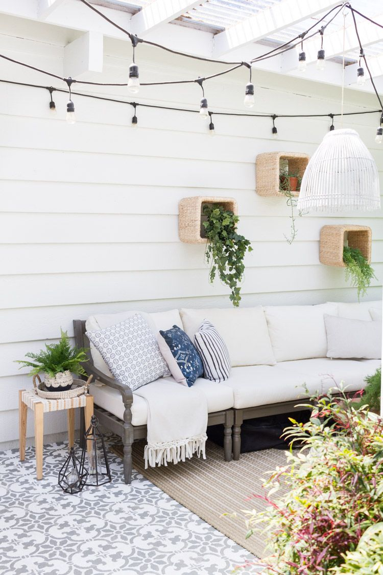 Outdoor Diy A Boho Chic Side Table With Images Patio Wall Decor Boho Patio Outdoor Flooring