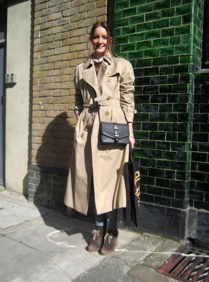 Trenchcoat – ANNE BERNECKER
