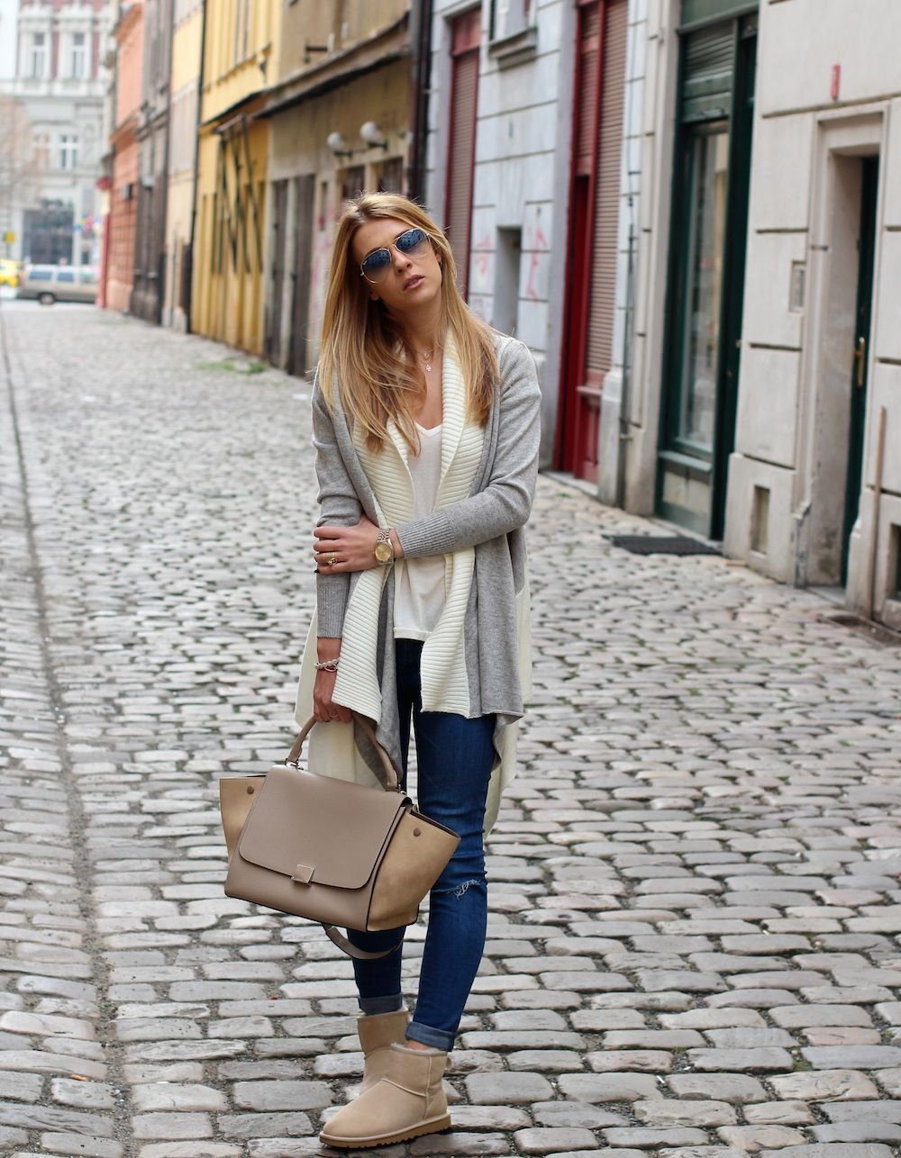 fbcedcaaedf New outfit post on the blog. Wearing Celine Trapeze bag. Blue skinny ...